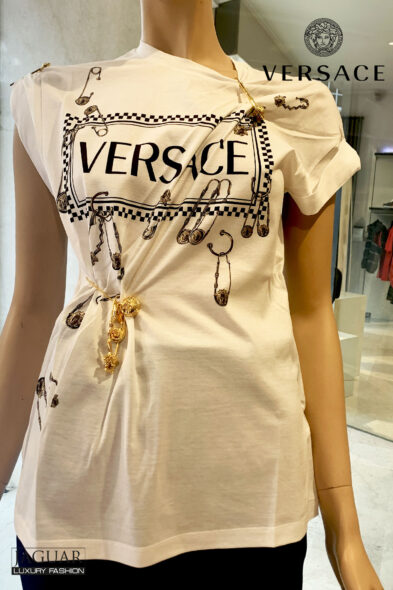 Versace t-shirt pin