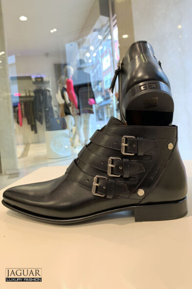 Givenchy dallas boots