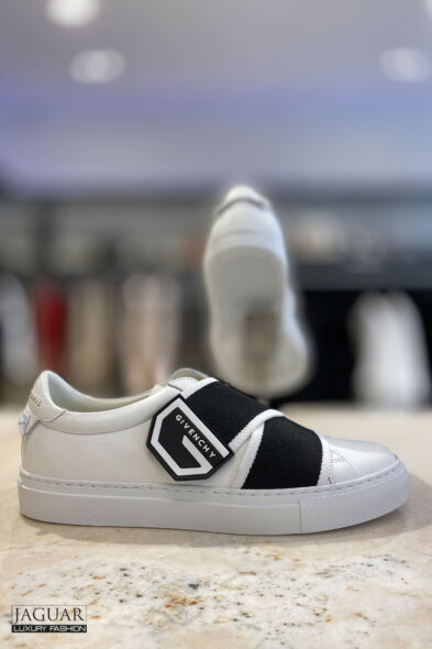 Givenchy sneakers white black