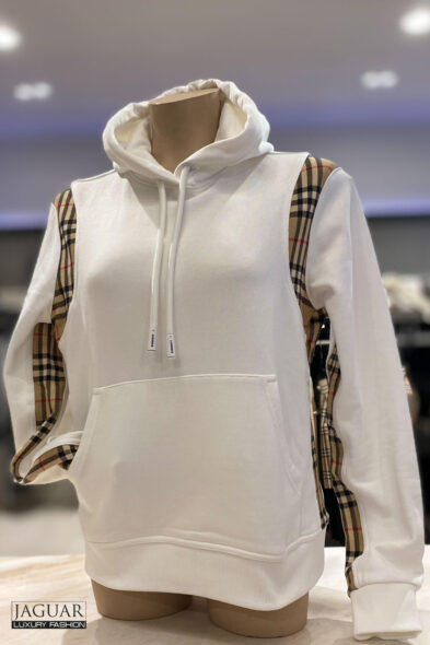 Burberry hoodie white
