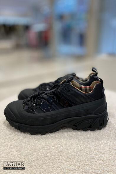 Burberry arthur sneakers