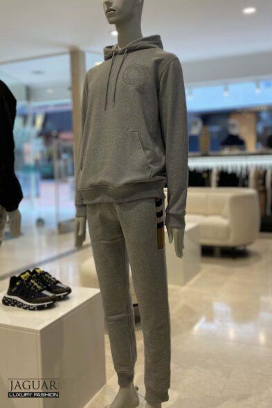 Burberry grey jogging